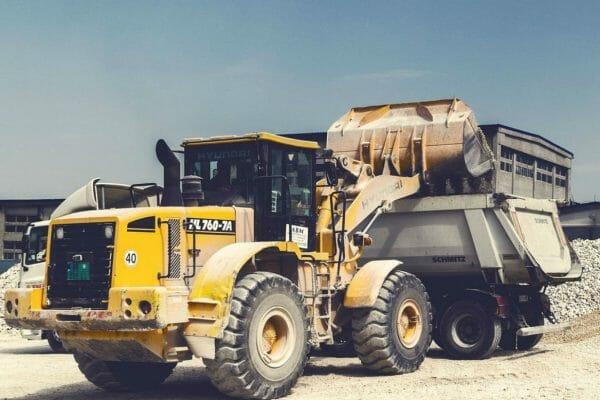 dealer directory-mineria-cantera-camiones-truck-construction-zonapesada-magazine-news-latam-usa-used-thumb
