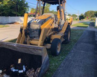 Retro Excavadora CAT -maquinarias-construccion-zonapesada-USA
