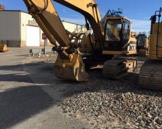 Excavadora CAT-maquinarias-construccion-zonapesada-USA