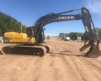 Excavadora Volvo-maquinarias-construccion-zonapesada-USA